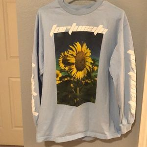 baby blue pacsun sunflower long sleeve!